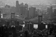 Manhattan bridge (Rinaldi Riccardo) Tags: new bridge bw white ny newyork black canon eos manhattan 15 bn ponte explore rinaldi eos450d doppiar