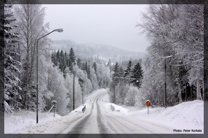 100116-snowy-road2