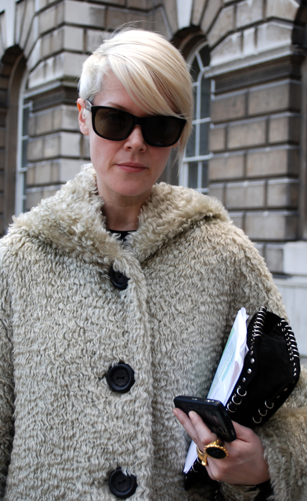 sheap_coat2_london_fashion_week