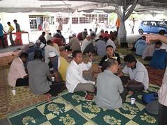Makan Dalam Talam (omaQ.org & Red Frame Memories) Tags: makan dalam talam