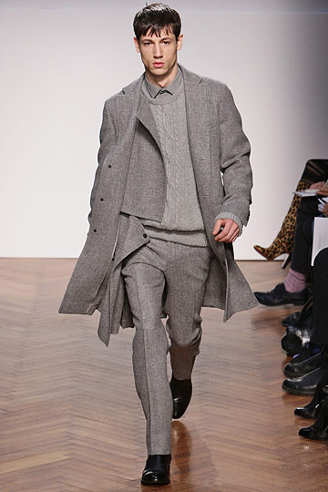 Nicolas Ripoll3019_FW10_Milan_Pringle of Scotland(nymag com)
