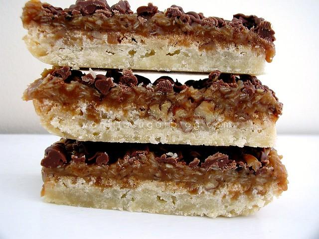 vanilla sugar blog: coconut-caramel pecan shortbread bars