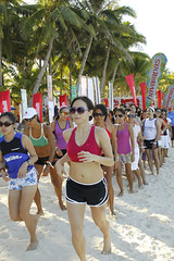 Beauty and the Beach: Barefoot Beach Run (photo credit: Women's Health)