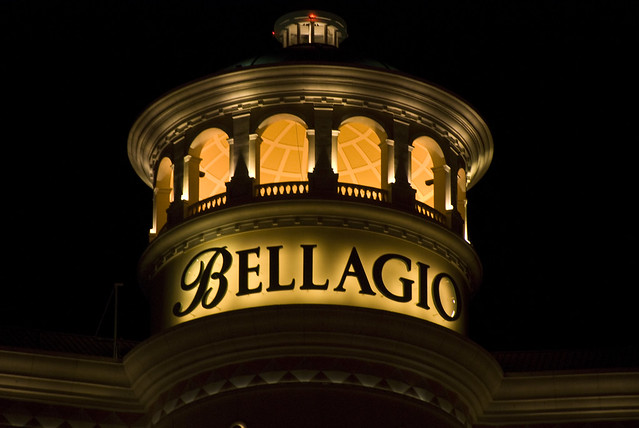D2E bellagio top