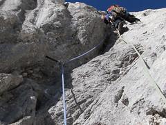 Que me caigo.... (Edu Astu) Tags: de europa verano tito 2009 escalada roca picos picosdeeuropa cebolleda