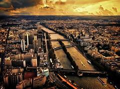 [フリー画像] [人工風景] [街の風景] [フランス風景] [パリ] [夕日/夕焼け/夕暮れ]      [フリー素材]
