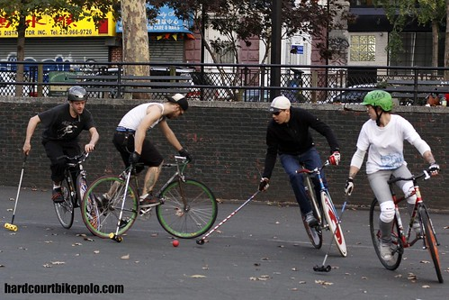 hardcourt bike polo in The Pit NYC