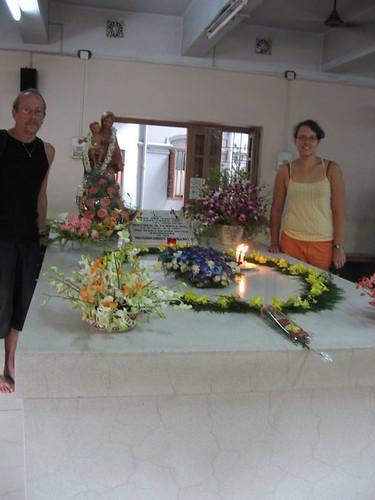 Bij het graf van Moeder Teresa