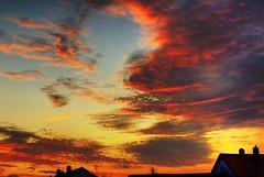 dramatical (Stephi 2006) Tags: november sky color sunrise wow drama
