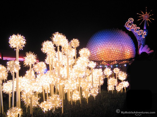 IMG_3671-WDW-EPCOT-Lights-of-Winter