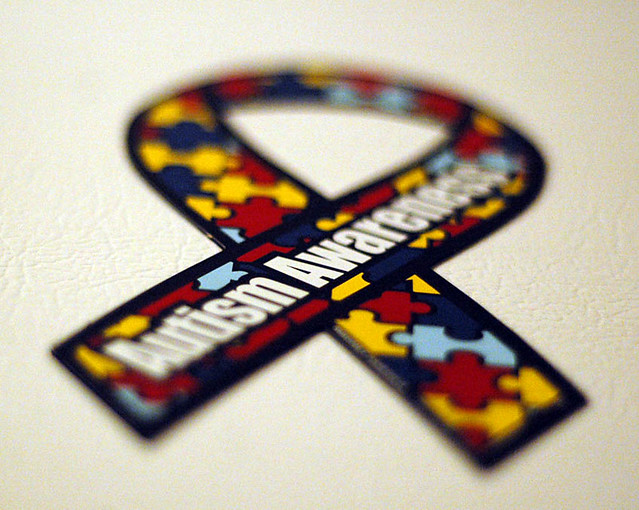 The Autism awareness ribbon. BLW PHOTOGRAPHY / Creative Commons