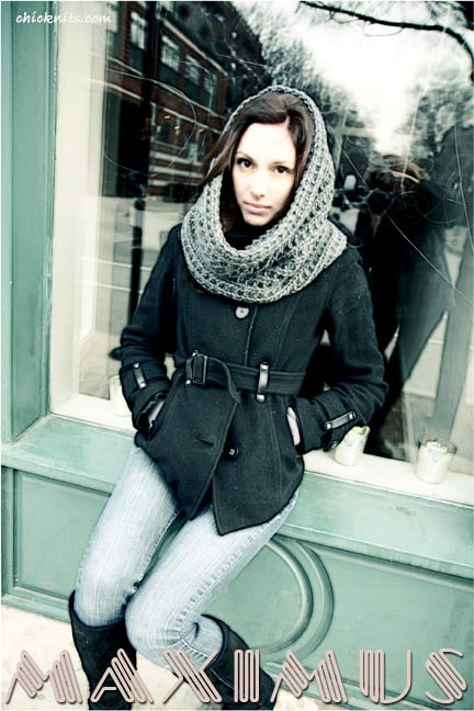 Chic Knits Super Bulky Cowl Knitting Pattern