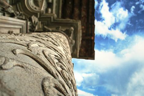 colonna e cielo
