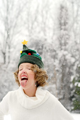 First snowfalls make me giddy... (Theresa Thompson) Tags: snowflake snow silly explore dizzy joyful snowfall lighthearted euphoric christmastreehat