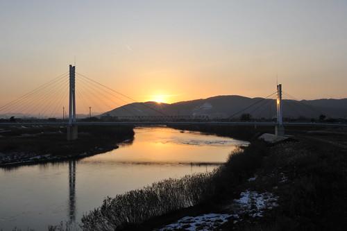 福井市九頭竜川、冬の夕陽 by Nikon D700