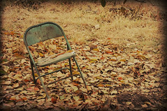 The Chair (DeLaRam.) Tags: autumn fall texture gold alone edited empty thechair