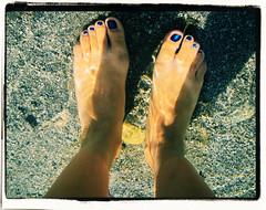 .summer. (E.L.E.C.T.R.I.K!) Tags: azul foot agua pies verano calor