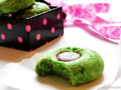 pandan thumbprint biscuits 2