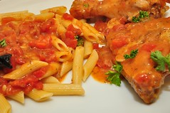 Iasa's Chicken with Tomatoes (jeffreyw) Tags: chicken tomatoes penne winesauce