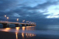 Marina di Massa - Pontile al tramonto (Matteo Dunchi) Tags: longexposure blue sunset sky seascape beach clouds landscape shore toscana viareggio marinadimassa massacarrara pellix 550d cinquale 450d justclouds 60d abigfave efs1855is cigarguy canonefs1855mmf3556is 1855is canoneosdigitalrebel450d pontiledimarinadimassa