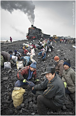 Coal Pickers (channel packet) Tags: china railroad train railway steam coal scavengers sy picker davidhill jixi