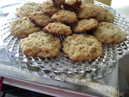 Banana-walnut-chocolate chunk cookies