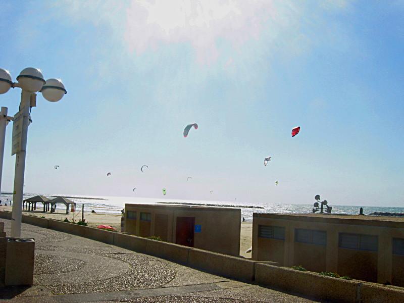 20-3-2010-kitesurfing3