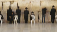 without a hat (@LiRon@) Tags: blur hat jerusalem praying thewall religiouspeople