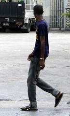 I've Got the Skinny on You (Legin_2009) Tags: road street people man black male men guy walking skinny person persona gente walk african sandals tshirt guys personas jeans flipflops jersey males persons teeshirt slippers hombre hommes männer homme lookingaway hombres mec люди mecs 男子 gason אנשים الرجال पुरुषों 男子hommes 男性homens