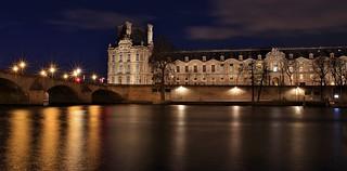 Aile de Flore Palais du Louvre Pont Royal