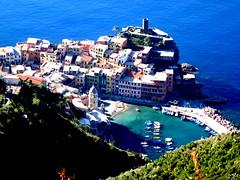 Cinque Terre (summerlastsforever) Tags: ocean italy love water boat terre 风景 cinque 意大利
