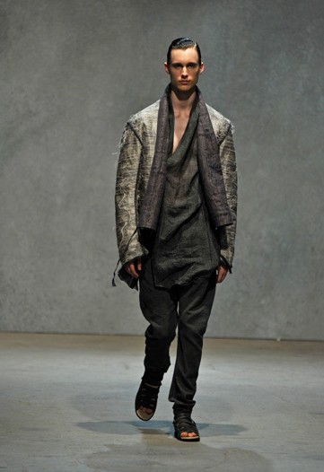 Joseph Culp3025_SS10_Milan_Damir Doma(WWD.com)