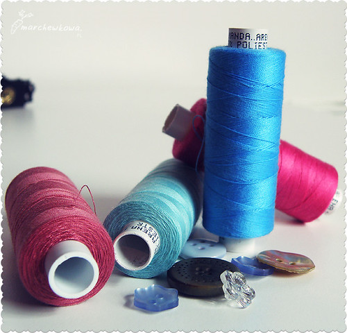 ♥ Threads