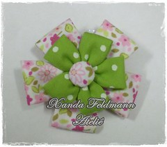 Presilha (Xanda Feldmann - Ateliê) Tags: flor infantil fuxico tictac tecido quadrada xadrez adulto presilha pétala poá floriadinho