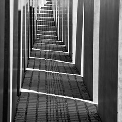 memorial (leopanta*) Tags: shadow blackandwhite berlin square memorial shade schwarzweiss 2009 holocaustmahnmal leopanta buchprojekt2