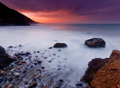 Sunrise - Mill Creek Beach - Big Sur, CA (Jeff Swanson -- www.interfacingnature.com) Tags: bigsur lospadresnationalforest nikond200 sigma1020mmf456exdchsm graduatedneutraldensityfilter hoyahdcircularpolarizer millcreekbeach thebestsunriseiveseeninalongwhile