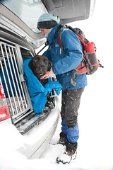 Dogs are freezing too! (kameraschwein) Tags: training avalanche lawine rescuedog rettungshund