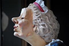 Smelling good (nvernizzi) Tags: statue lady nose cheirando senhora nariz esttua smelling seora oliendo