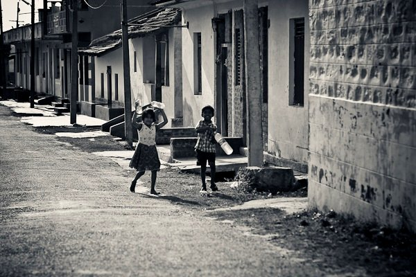 Kids on the streets - Melukote, Chitra Aiyer Photography