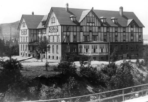 Glynmill Inn, 1926