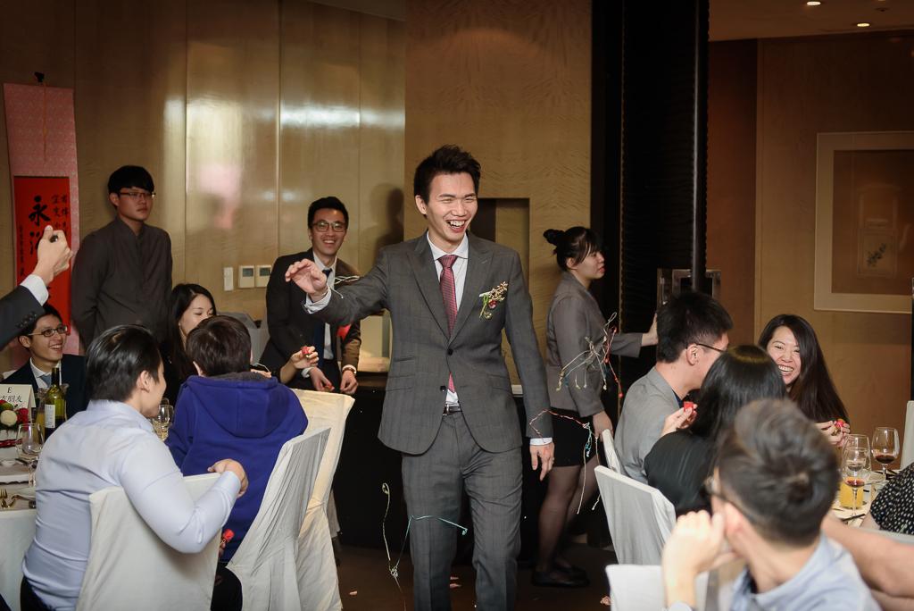 wedding day,婚攝小勇,台北婚攝,晶華,台北國賓,台北國賓婚宴 ,愛瑞思,Miko,新秘,-066
