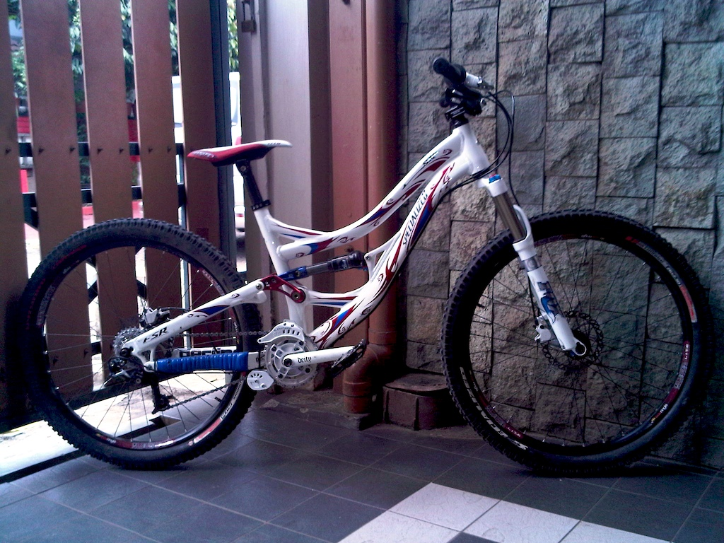 2009 Specialized SX (used to be Kyle strait's)   Rotorburn