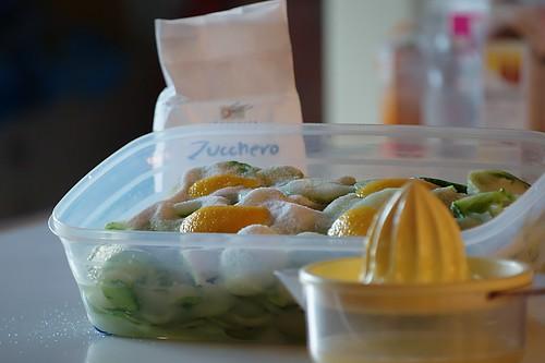 Pomodori verdi, zucchero e limone