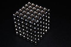 Cubo de bolillas magnticas (Javier Lobo) Tags: bolas figuras buckyballs magnticas