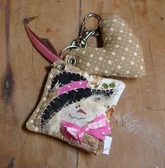 chaveiro bruxinha (Mar Blanco) Tags: patchwork tecido chaveiro