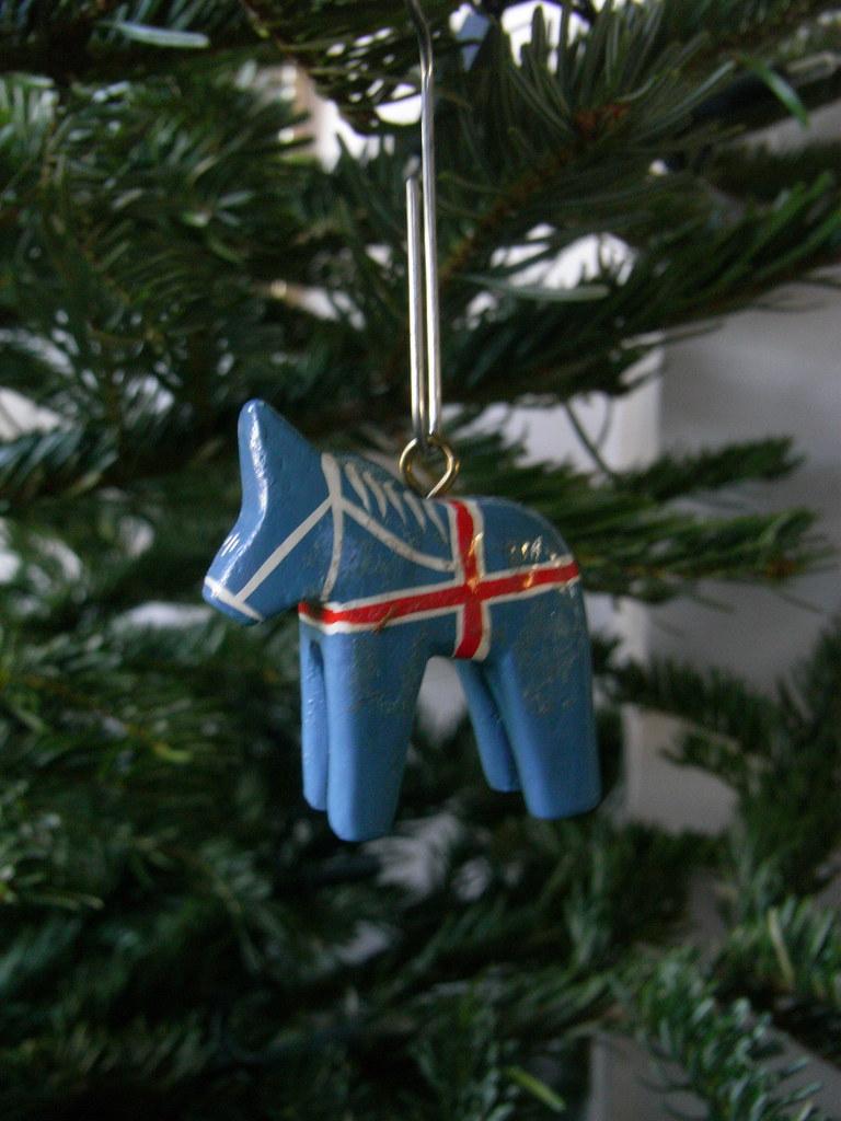 Christmas decorations: Iceland horse