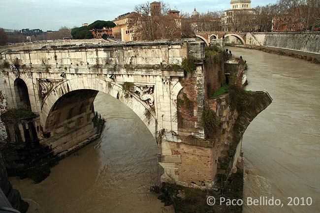 Ponte Palatino. © Paco Bellido, 2010