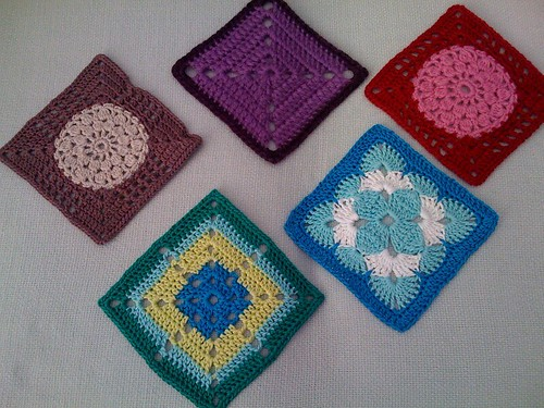 Beautiful Squares from the Netherlands arrived this morning. Thank you so much Karin aan de haak.