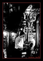 mederos interpreta (susanamule) Tags: portrait blackandwhite music blancoynegro film southamerica argentina movie buenosaires retrato folklore cine tango música popularculture culturapopular película folclore bandoneón blackandwhitephoto caba sudamérica latinoamérica ciudadautónomadebuenosaires latinamericanart cineargentino artelatinoamericano photographicportrait rodolfomederos memoriasyolvidos simónfeldman memoriesandforgetfulness susanamule retratofotográfico personalidadargentina argentinepersonality blancoynegrofoto fotofijacine stillphotofilm susanamulé