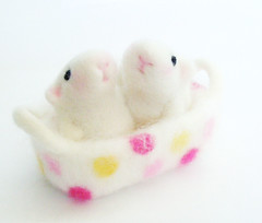 Guinea babies :) (fingtoys) Tags: pink cute felted toy guineapig polkadots arttoy fing softsculpture animalbabies needlefelted australianmerinowool fingtoys